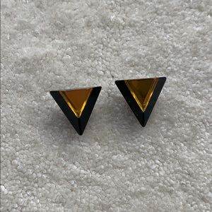 Black and gold 3-D acrylic push back earrings